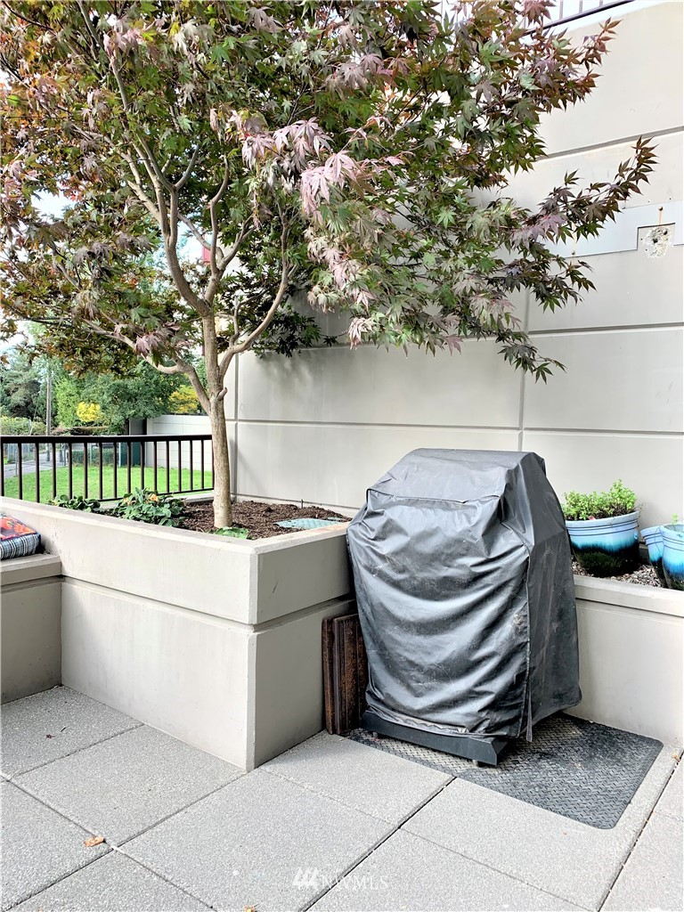 Sold Property   425 23rd Avenue S #A406 Seattle, WA 98144 19