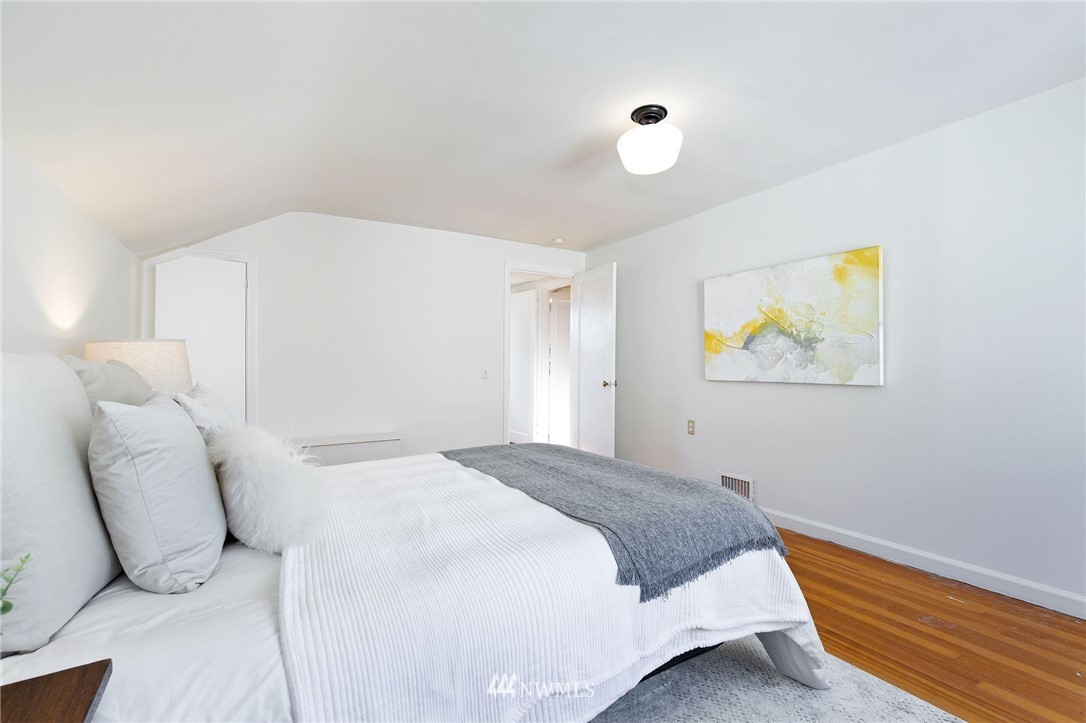 Sold Property | 7740 17th Avenue NE Seattle, WA 98115 20