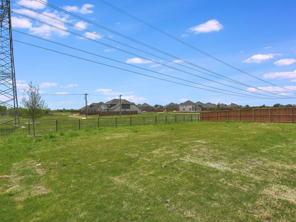 Active | 208 Henly Drive Fort Worth, Texas 76131 16