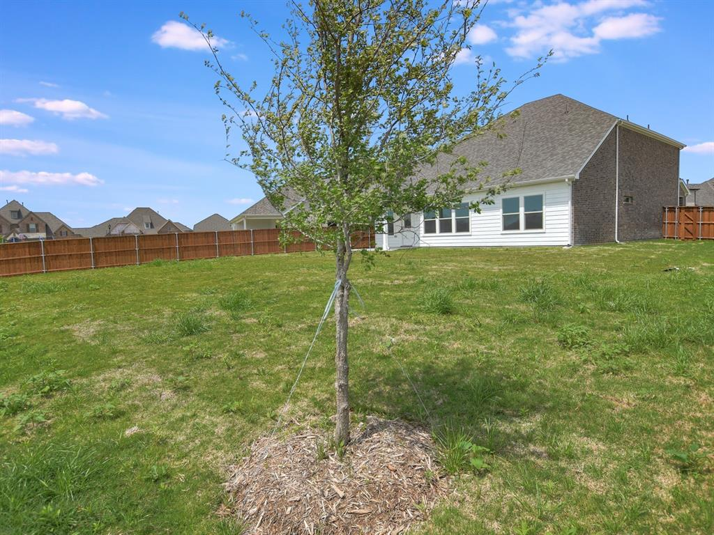 Active | 208 Henly Drive Fort Worth, Texas 76131 17