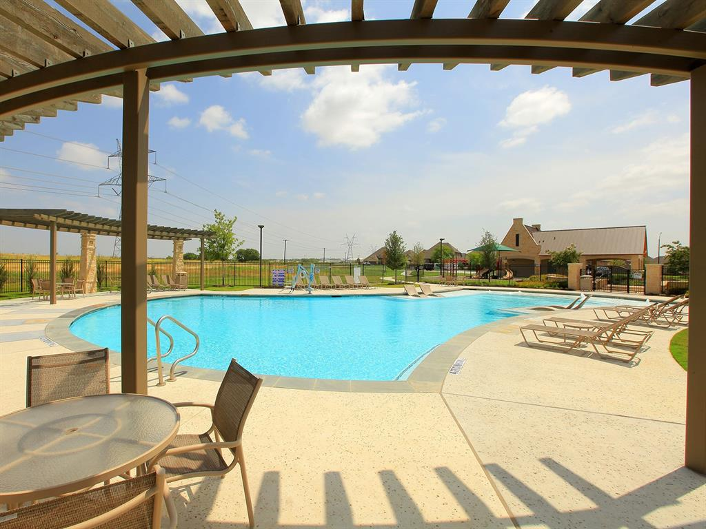 Active | 208 Henly Drive Fort Worth, Texas 76131 28