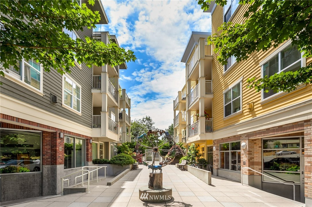Sold Property   2901 NE Blakeley Street #404 Seattle, WA 98105 1