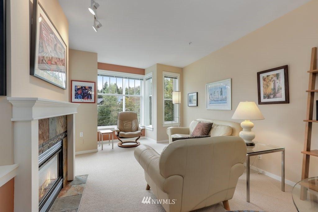 Sold Property   2901 NE Blakeley Street #404 Seattle, WA 98105 5