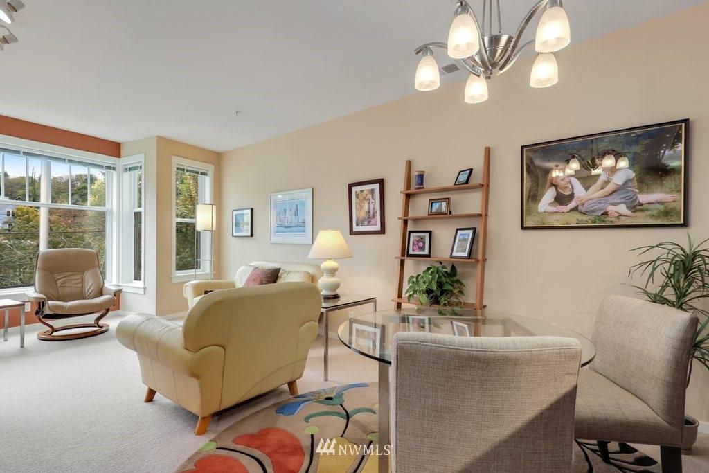 Sold Property   2901 NE Blakeley Street #404 Seattle, WA 98105 7
