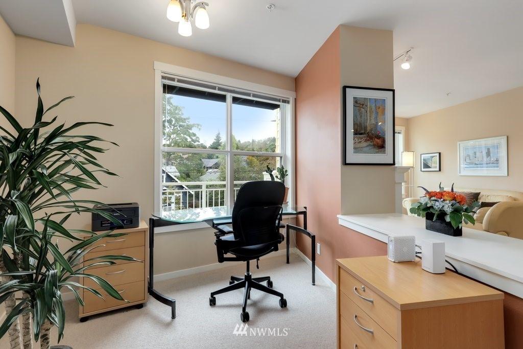Sold Property   2901 NE Blakeley Street #404 Seattle, WA 98105 18