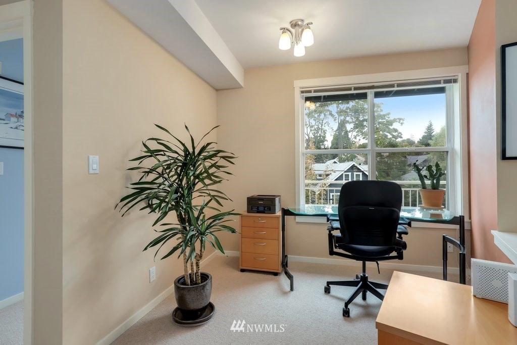 Sold Property   2901 NE Blakeley Street #404 Seattle, WA 98105 19