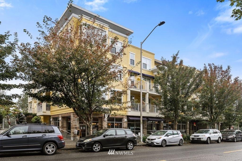 Sold Property   2901 NE Blakeley Street #404 Seattle, WA 98105 31