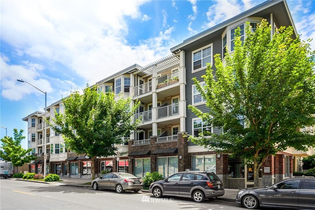 Sold Property   2901 NE Blakeley Street #404 Seattle, WA 98105 32