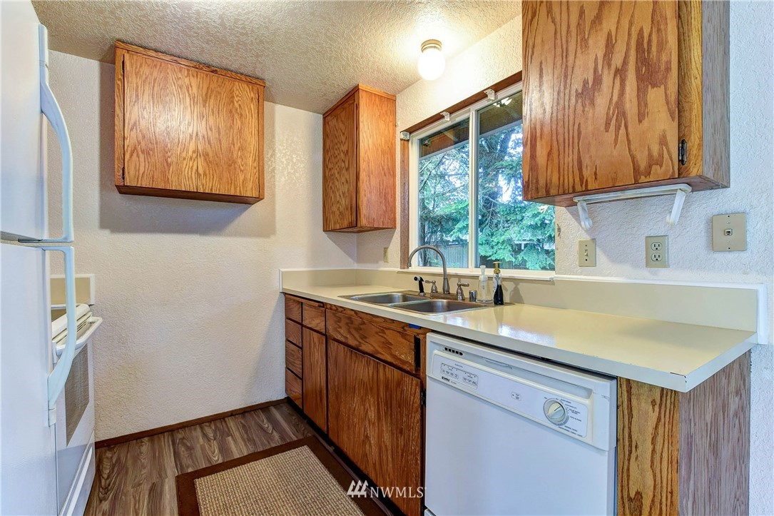 Sold Property | 2718 175th Street SE Bothell, WA 98012 8