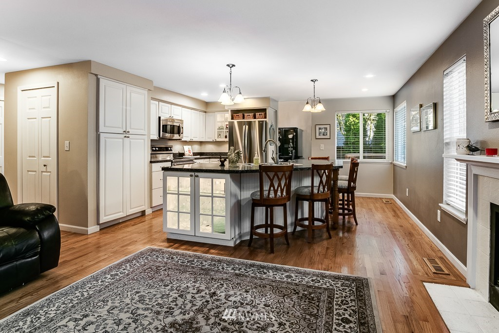 Sold Property   3660 248th Place SE Sammamish, WA 98029 10