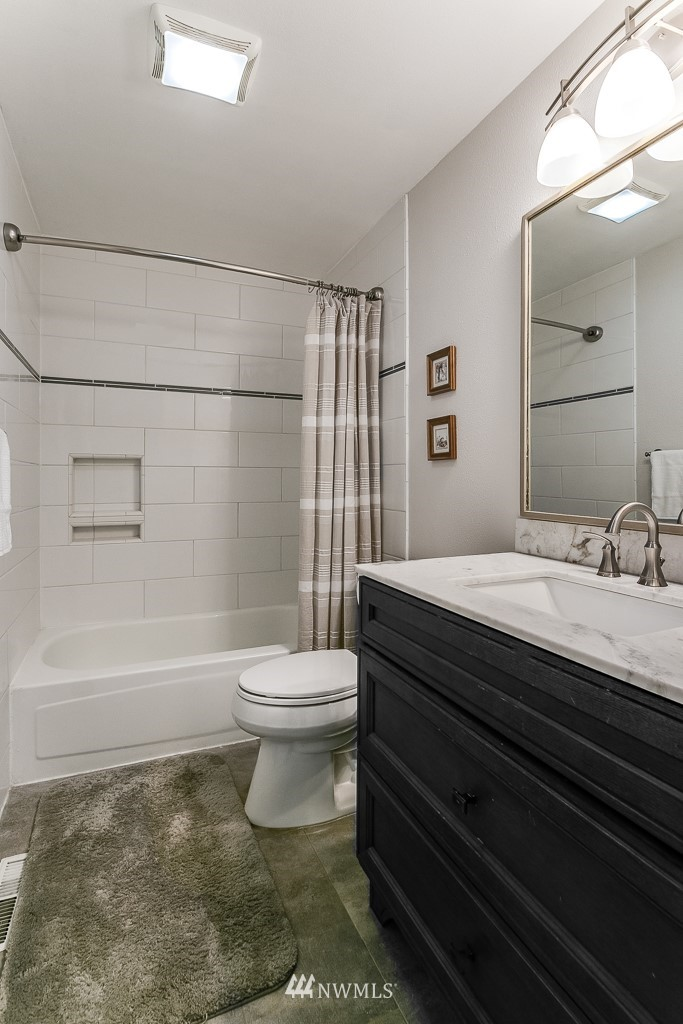 Sold Property   3660 248th Place SE Sammamish, WA 98029 19