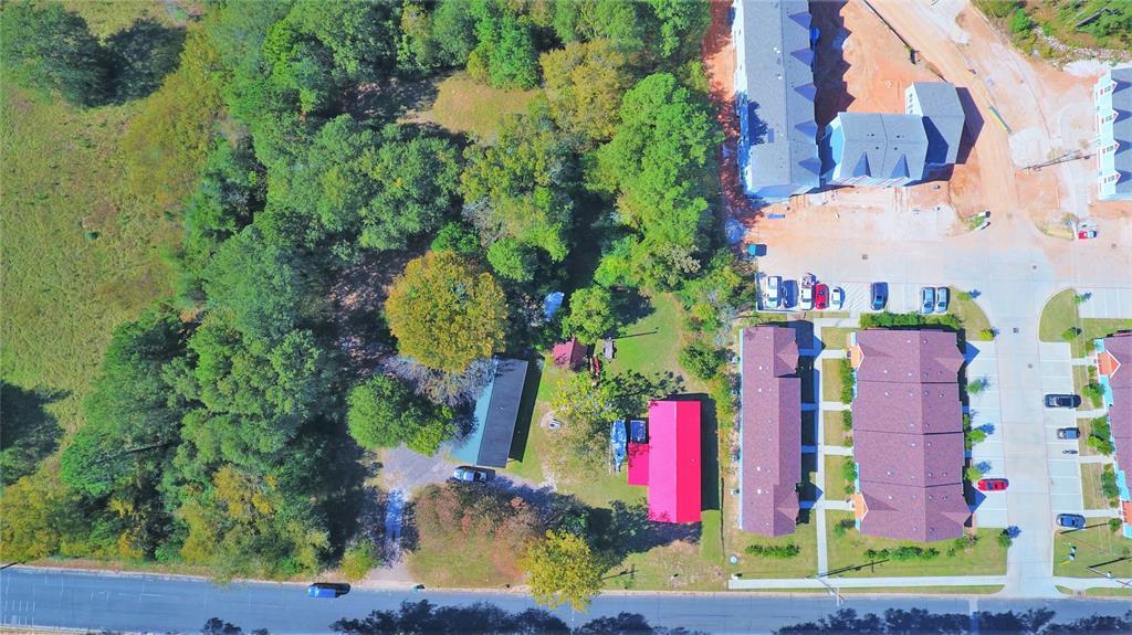 Active | 3702 Boettcher Drive Huntsville, Texas 77340 6