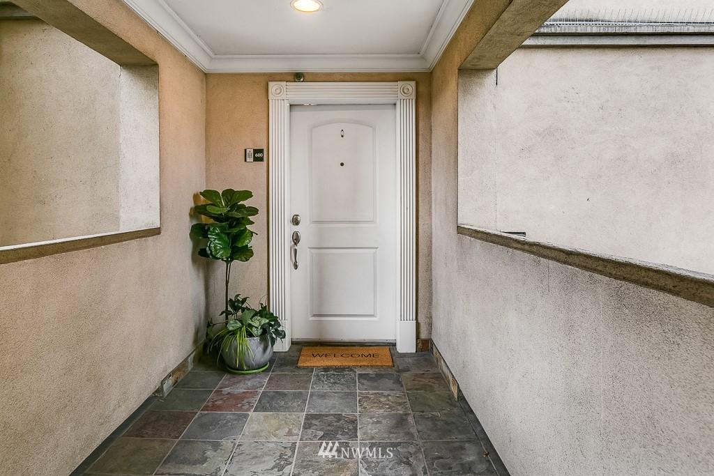 Sold Property   311 E Republican Street #600 Seattle, WA 98102 16