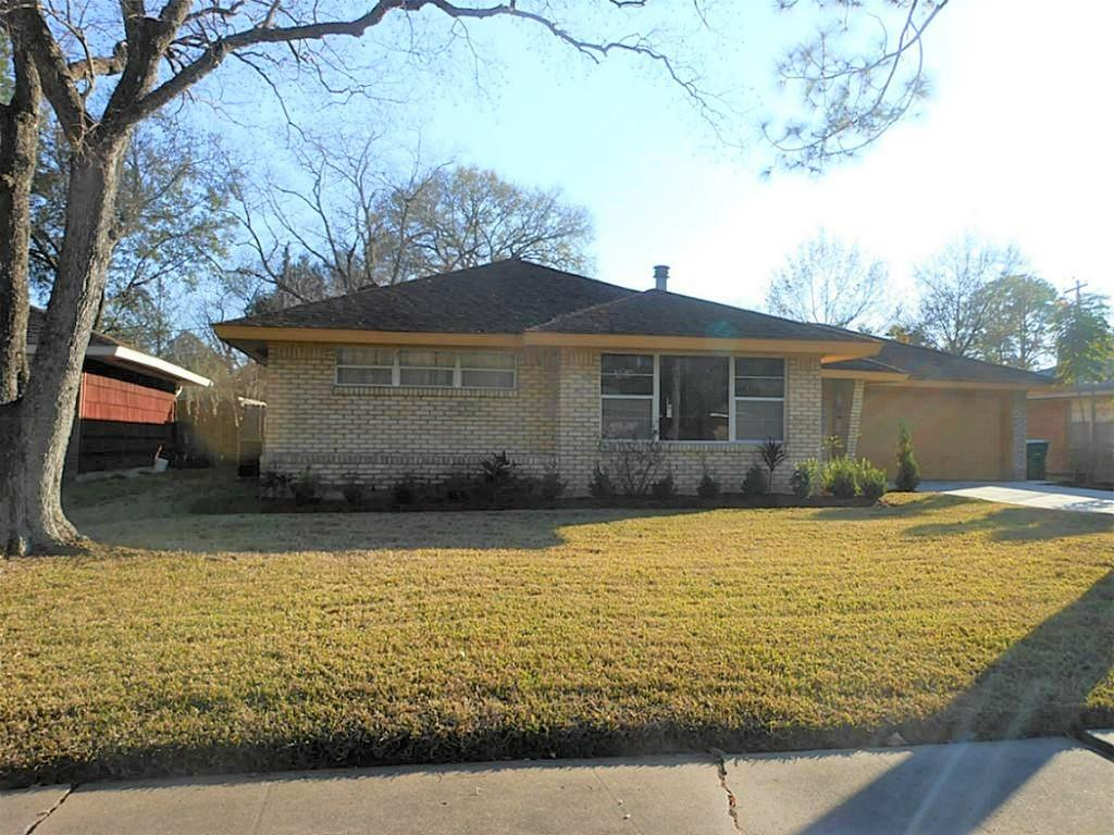 Off Market | 5311 Briarbend Drive Houston, Texas 77096 3