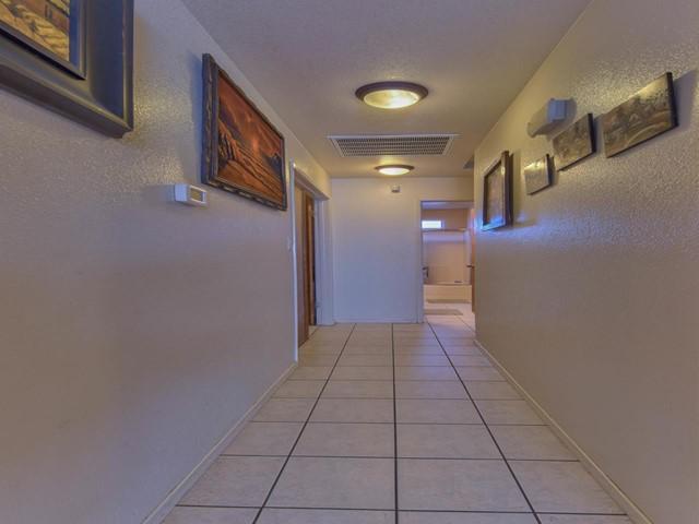 Pending   419 Stonewood Drive Los Banos, CA 93635 9