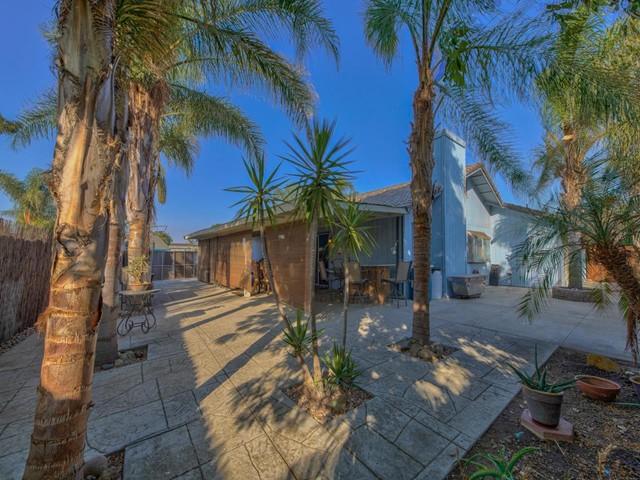 Pending   419 Stonewood Drive Los Banos, CA 93635 19