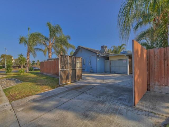 Pending   419 Stonewood Drive Los Banos, CA 93635 23