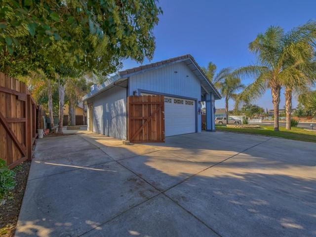 Pending   419 Stonewood Drive Los Banos, CA 93635 25