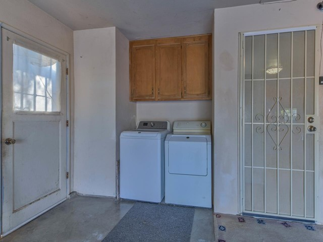 Pending   419 Stonewood Drive Los Banos, CA 93635 27