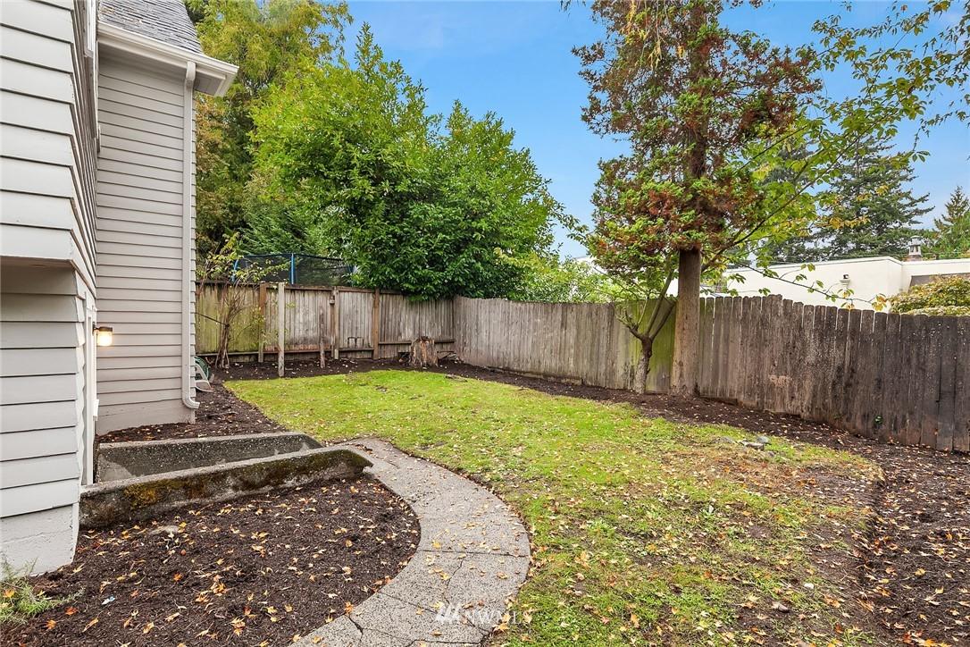 Sold Property | 5754 24th Avenue NE Seattle, WA 98105 22