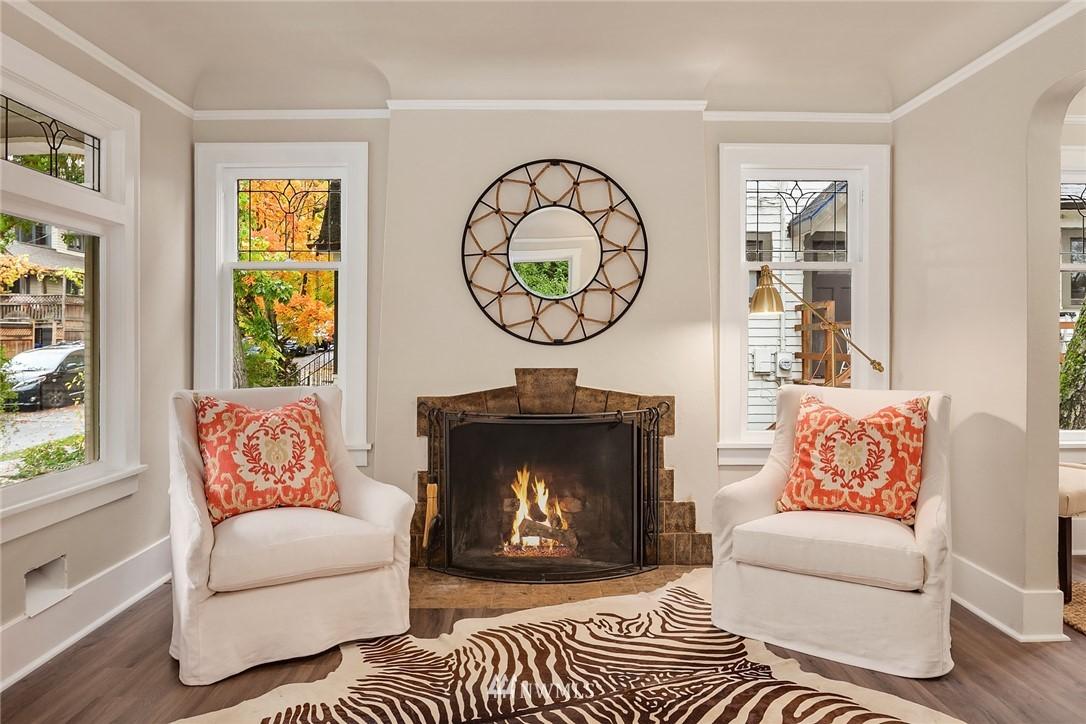 Sold Property | 5754 24th Avenue NE Seattle, WA 98105 2