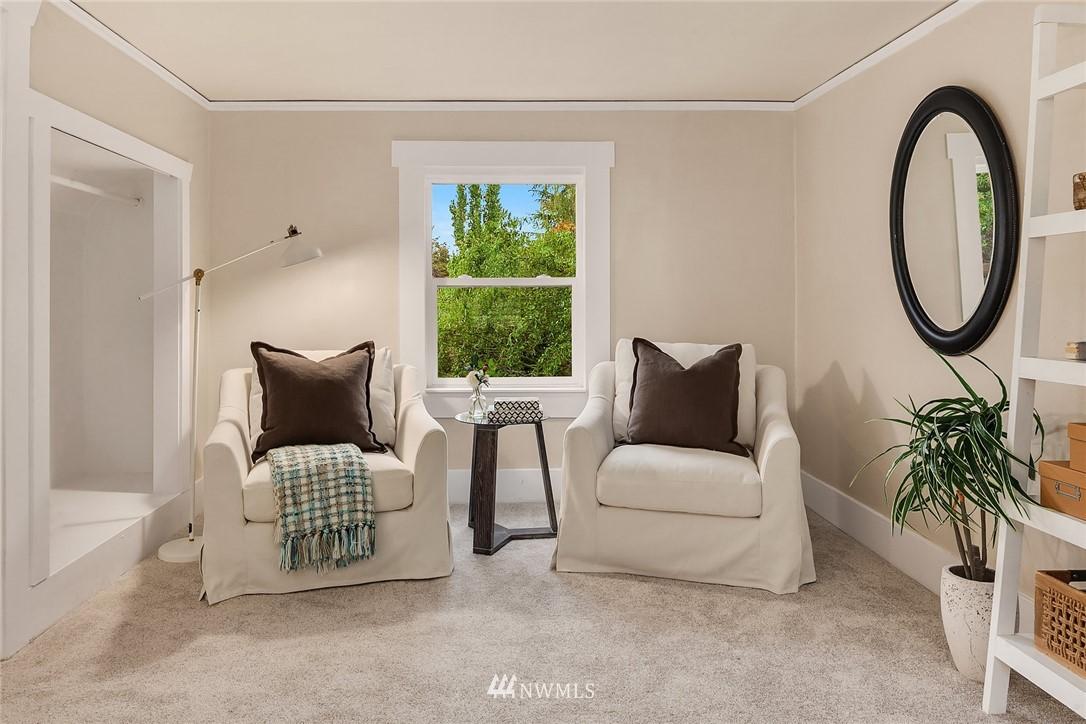 Sold Property | 5754 24th Avenue NE Seattle, WA 98105 16