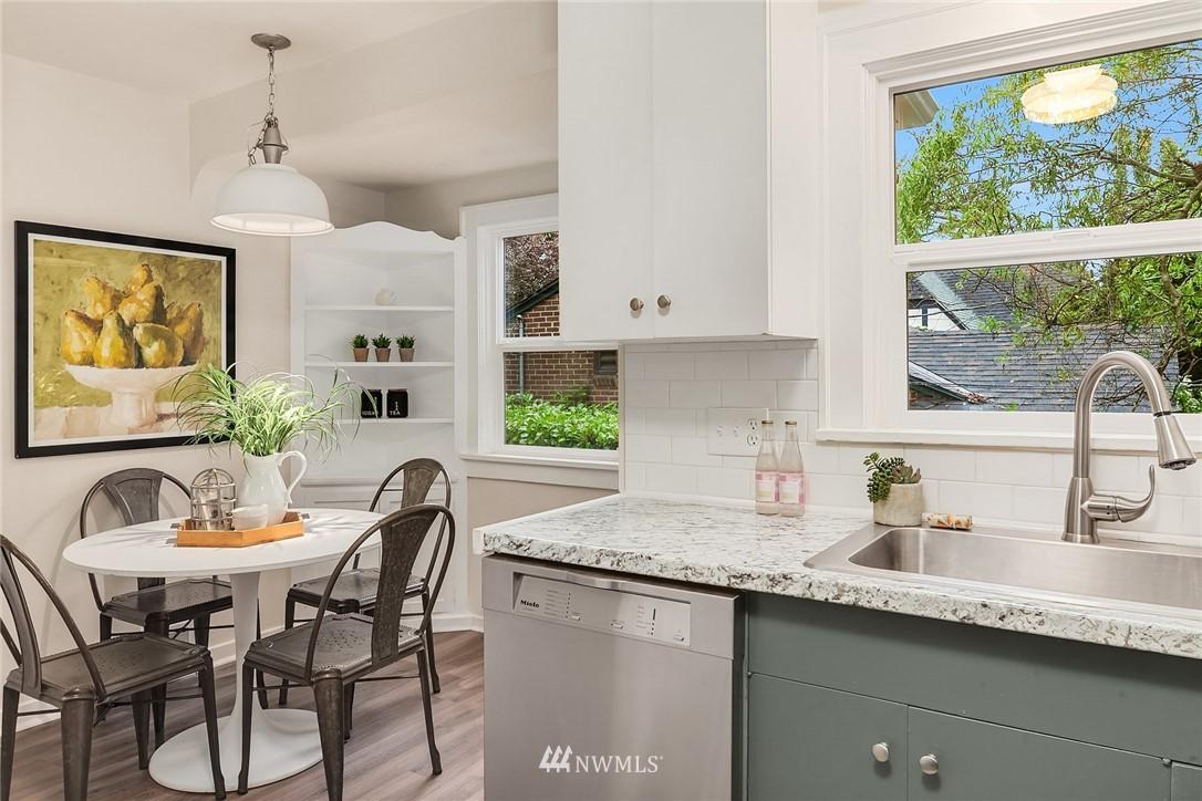 Sold Property | 5754 24th Avenue NE Seattle, WA 98105 8