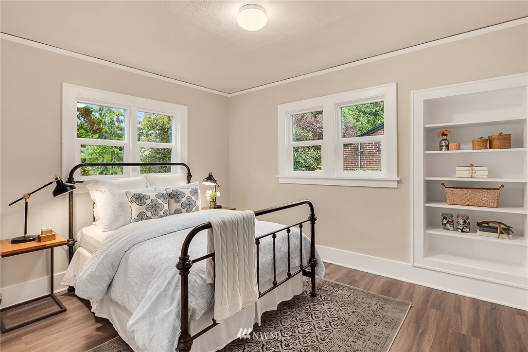 Sold Property | 5754 24th Avenue NE Seattle, WA 98105 12