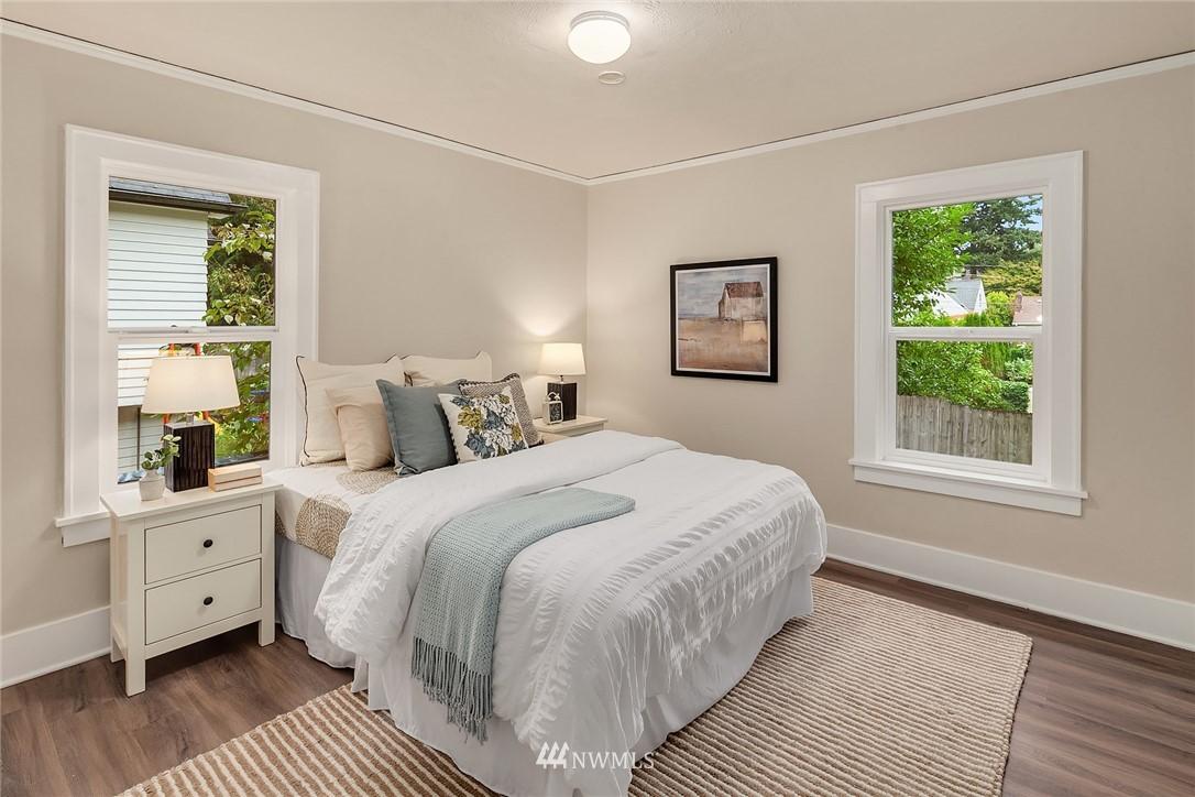 Sold Property | 5754 24th Avenue NE Seattle, WA 98105 14