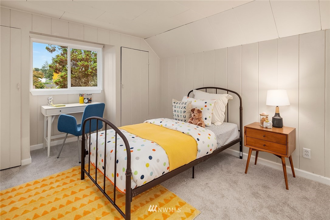 Sold Property | 5754 24th Avenue NE Seattle, WA 98105 17