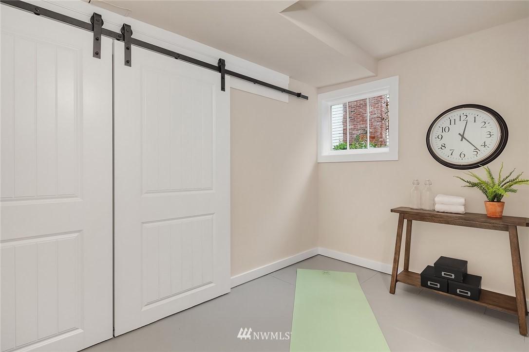 Sold Property | 5754 24th Avenue NE Seattle, WA 98105 20