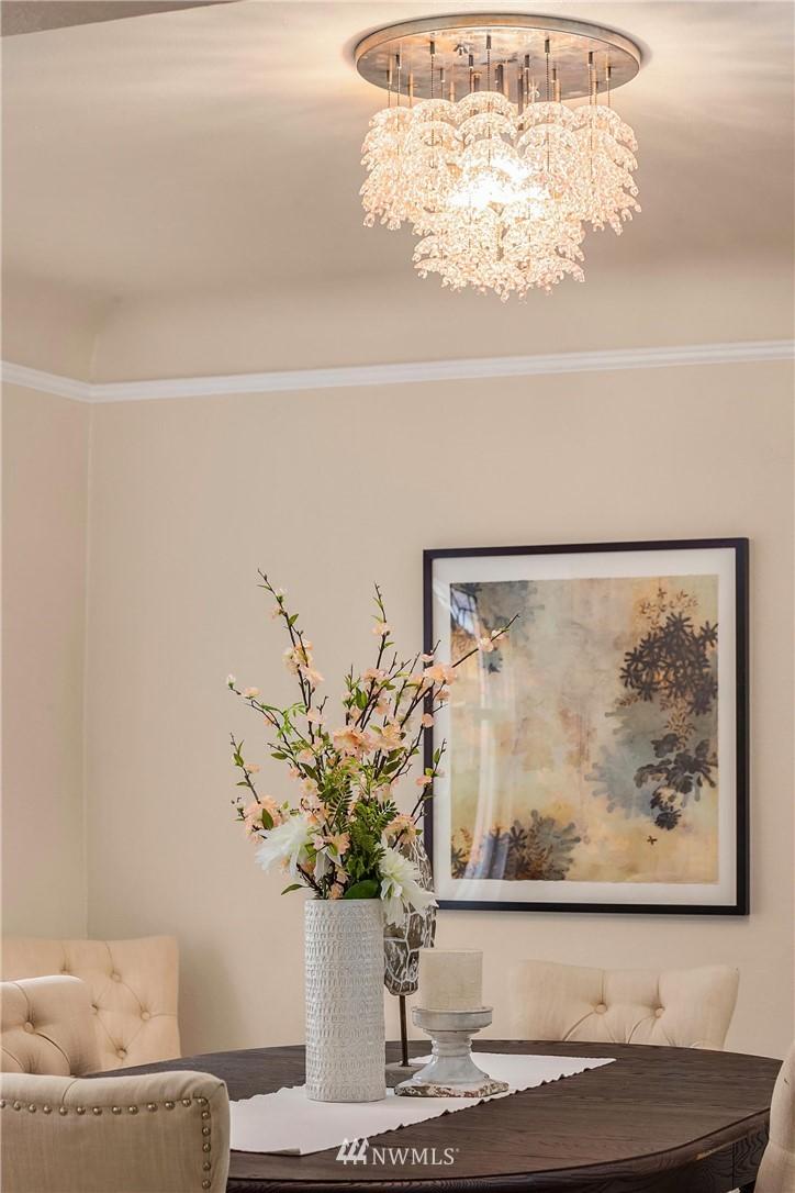Sold Property | 5754 24th Avenue NE Seattle, WA 98105 7