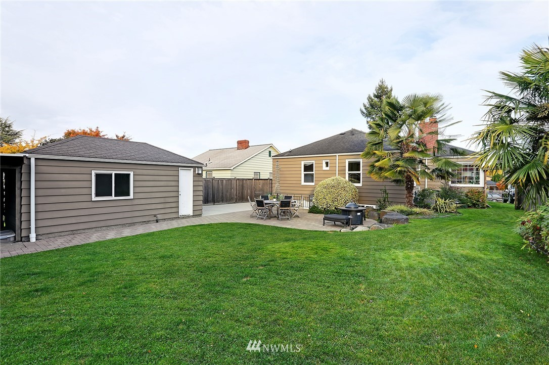 Sold Property   8543 24th Avenue NW Seattle, WA 98117 18