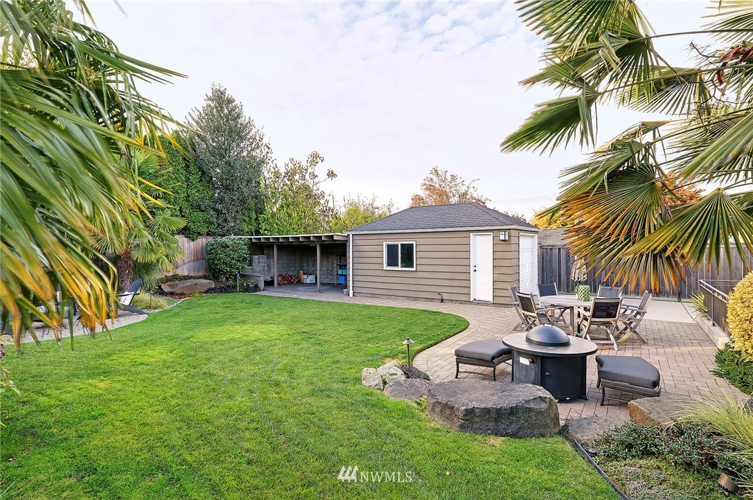 Sold Property   8543 24th Avenue NW Seattle, WA 98117 19