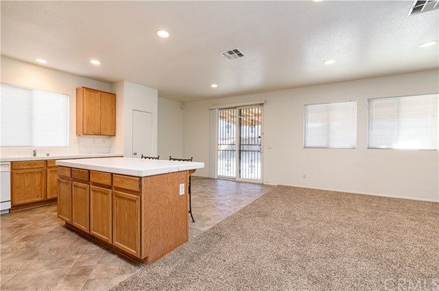 Closed | 13809 Feller Lane Victorville, CA 92394 4