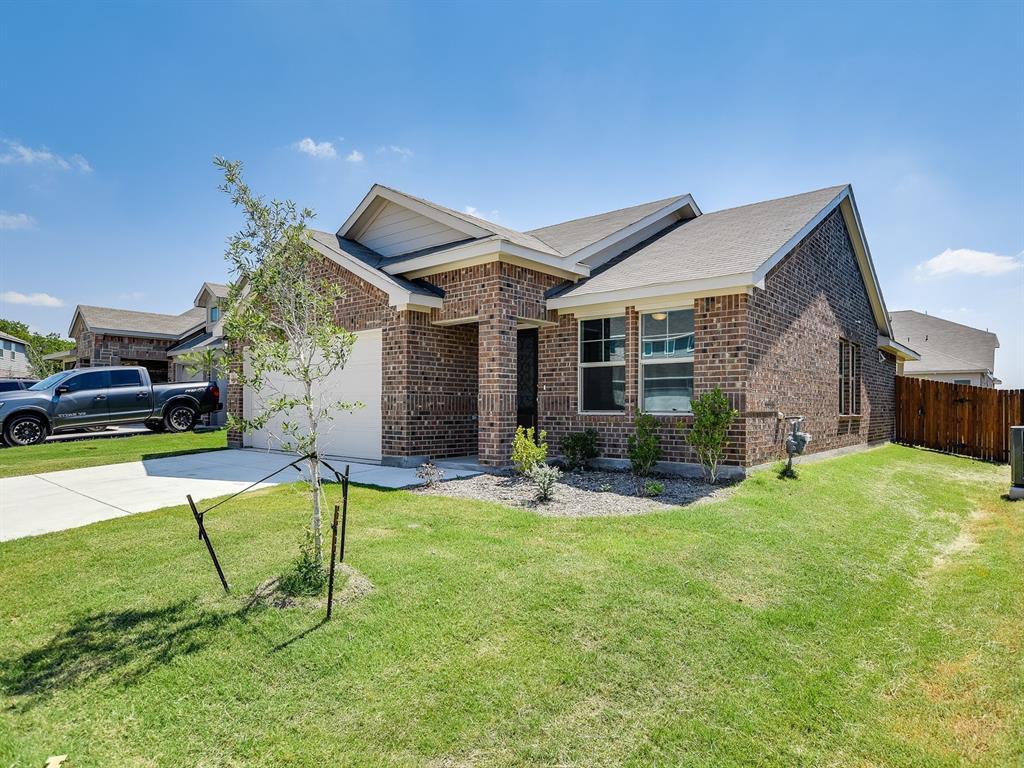 Active | 6320 Armadillo Court Fort Worth, Texas 76179 1