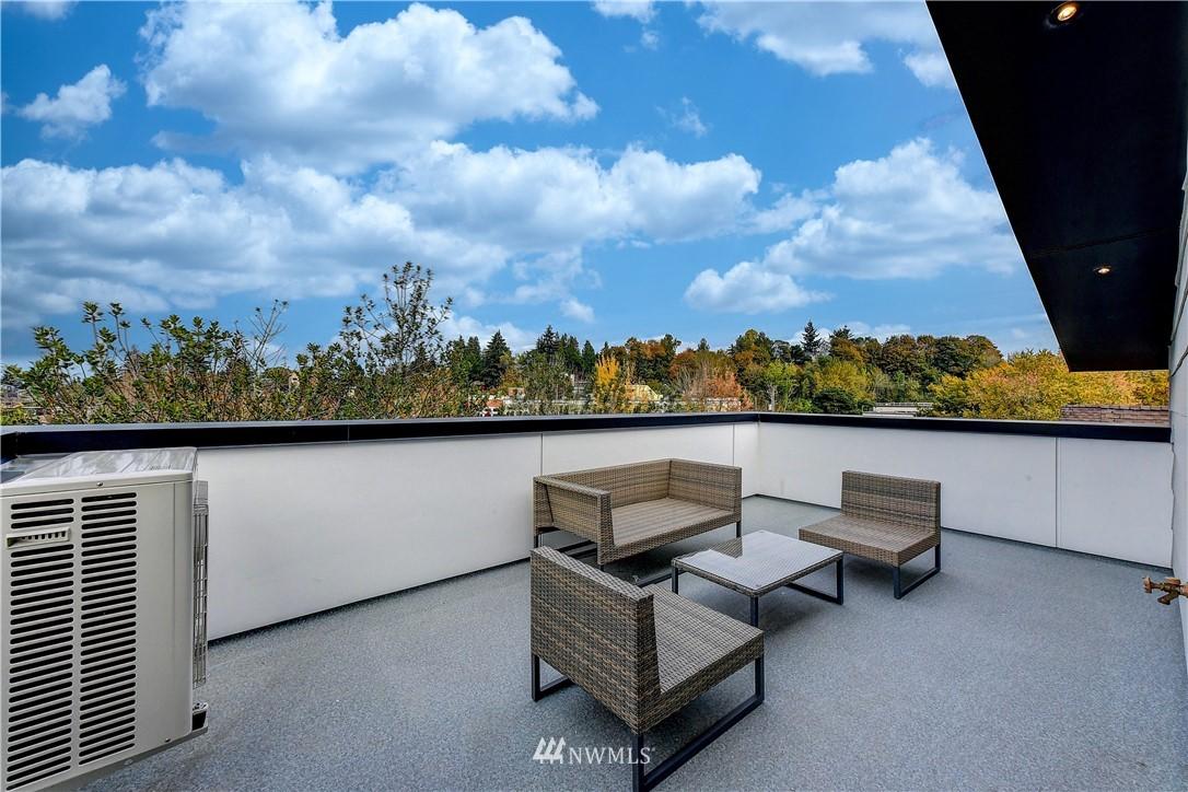 Sold Property   3940 S Brandon Street #D Seattle, WA 98118 16