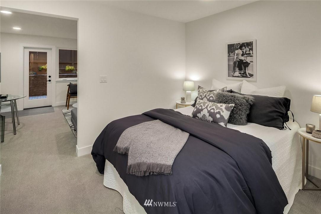 Sold Property   2361 Minor Avenue E Seattle, WA 98102 18