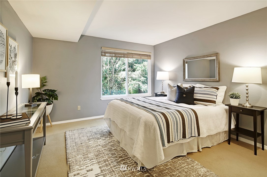Sold Property | 10329 Meridian Avenue N #B303 Seattle, WA 98133 13