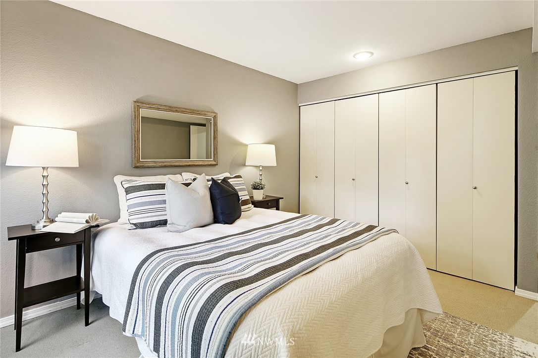 Sold Property | 10329 Meridian Avenue N #B303 Seattle, WA 98133 14