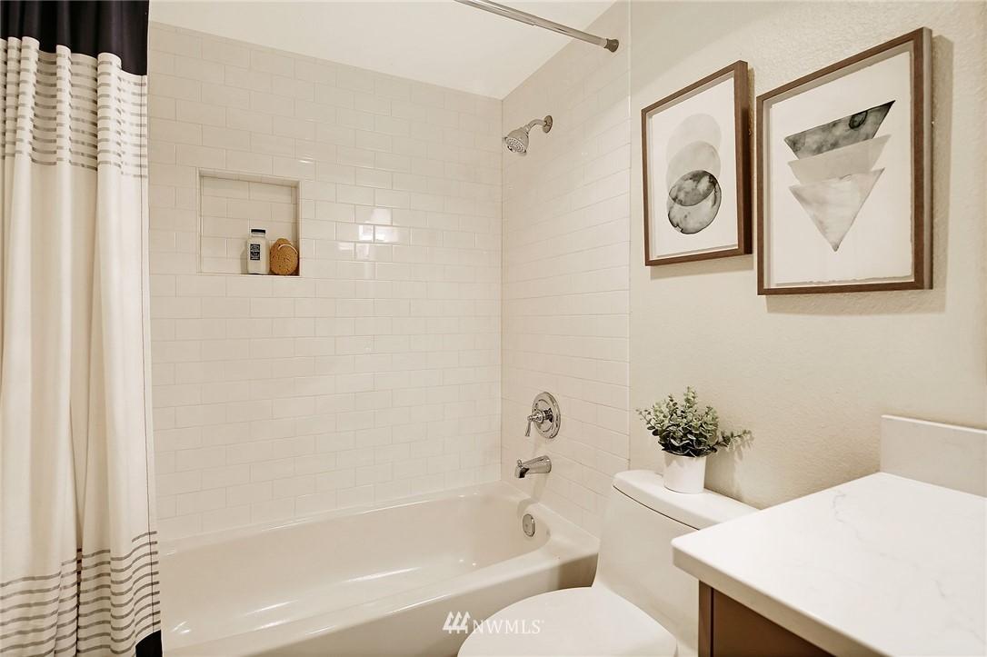 Sold Property | 10329 Meridian Avenue N #B303 Seattle, WA 98133 17