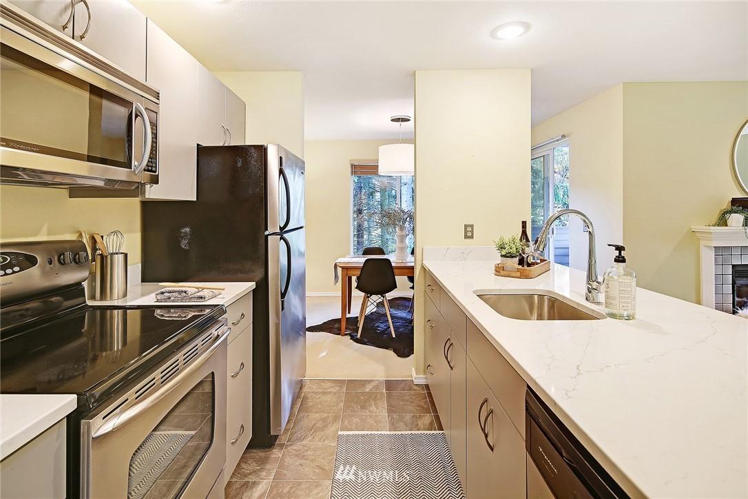 Sold Property | 10329 Meridian Avenue N #B303 Seattle, WA 98133 7