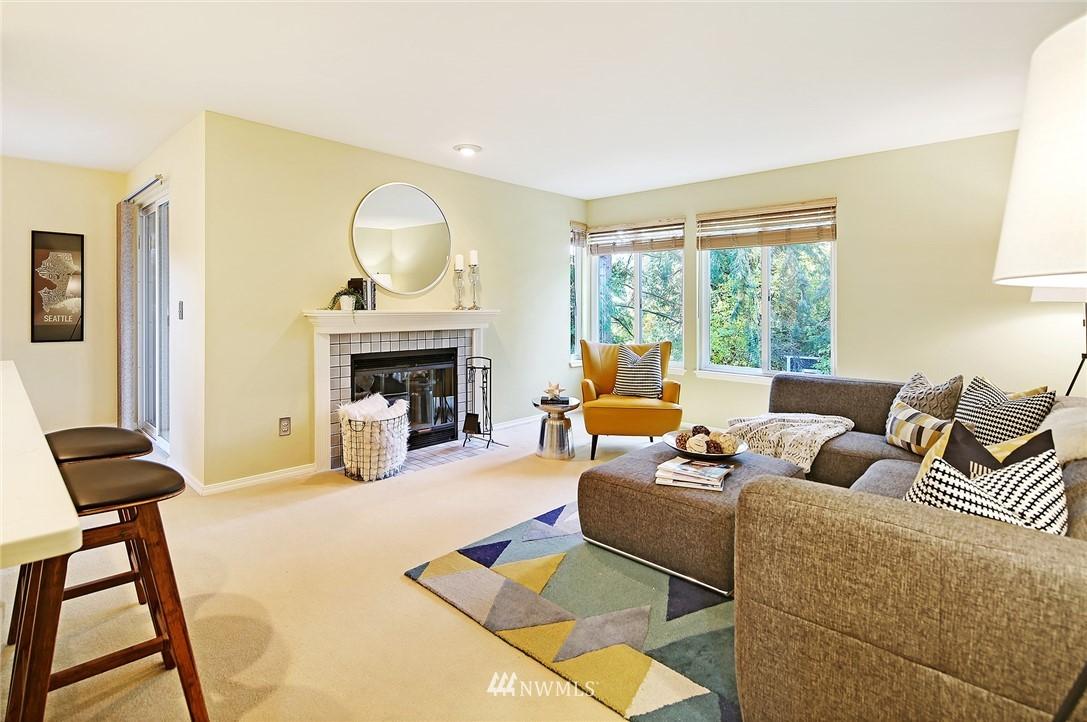 Sold Property | 10329 Meridian Avenue N #B303 Seattle, WA 98133 4