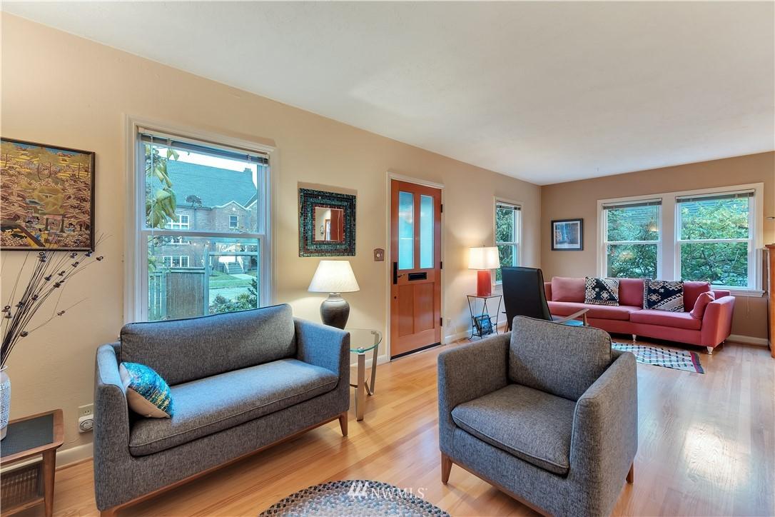 Sold Property | 3403 62nd Avenue SW Seattle, WA 98116 5