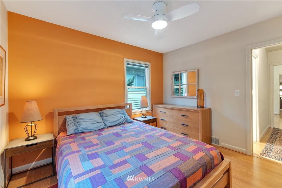 Sold Property | 3403 62nd Avenue SW Seattle, WA 98116 15