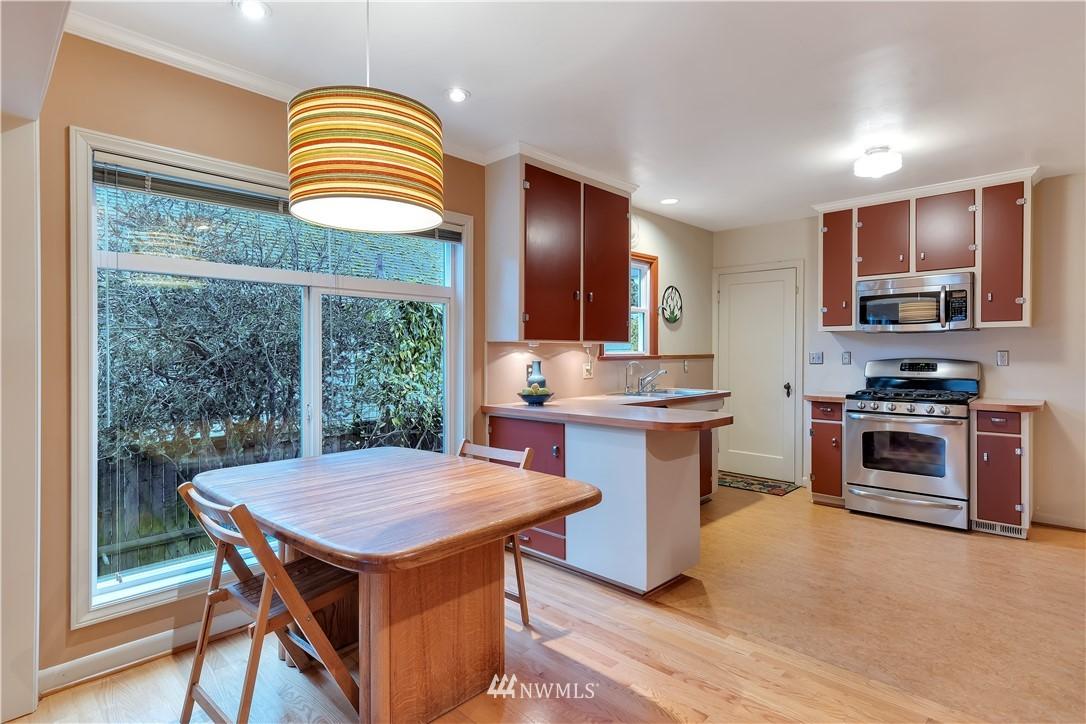 Sold Property | 3403 62nd Avenue SW Seattle, WA 98116 9