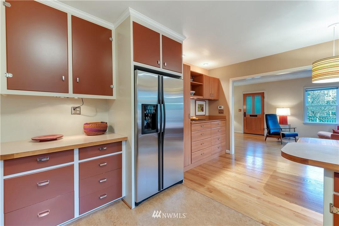 Sold Property | 3403 62nd Avenue SW Seattle, WA 98116 11