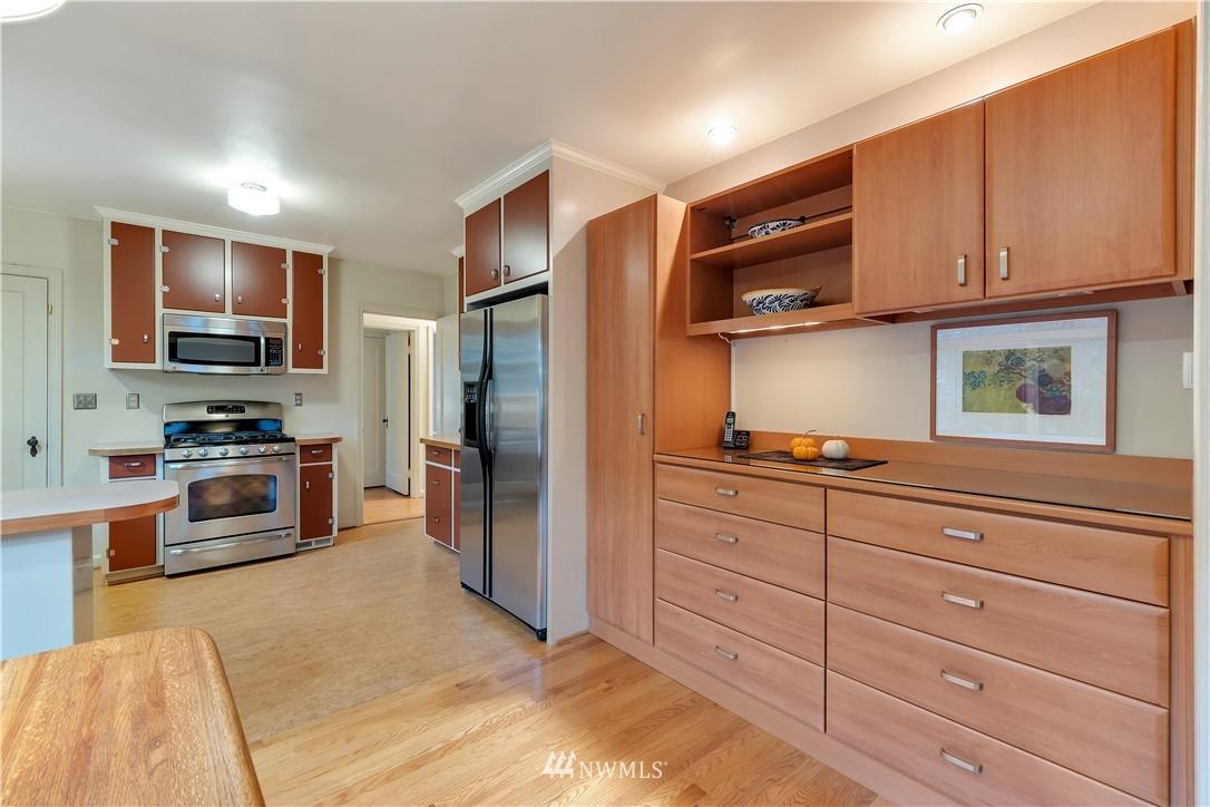Sold Property | 3403 62nd Avenue SW Seattle, WA 98116 12