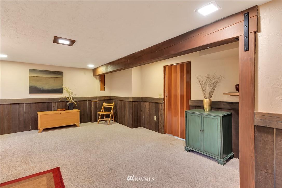 Sold Property | 3403 62nd Avenue SW Seattle, WA 98116 20