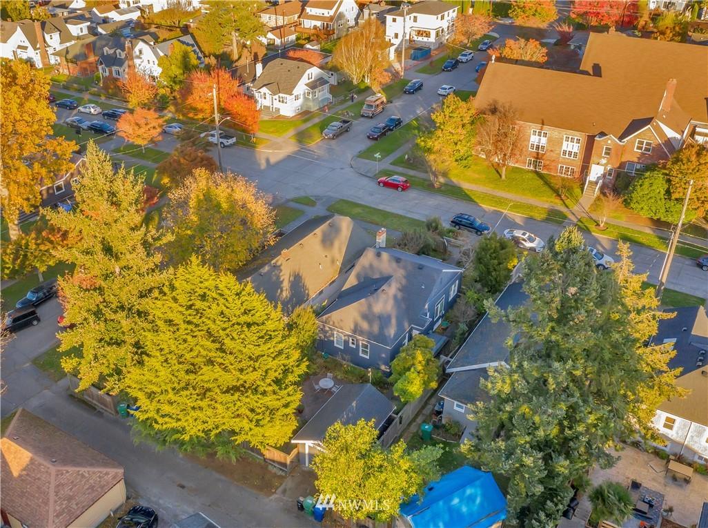 Sold Property | 3403 62nd Avenue SW Seattle, WA 98116 25
